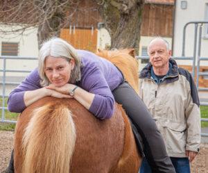 Therapie-Reiter-Pferd